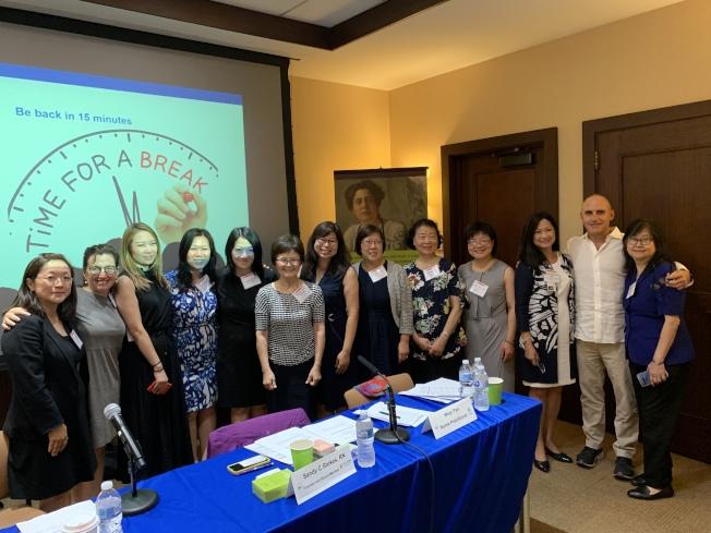 紐約探訪護士服務1日在曼哈頓舉辦座談會,研討紐約市華人社區林中服務使用情況。(記者和釗宇/攝影)