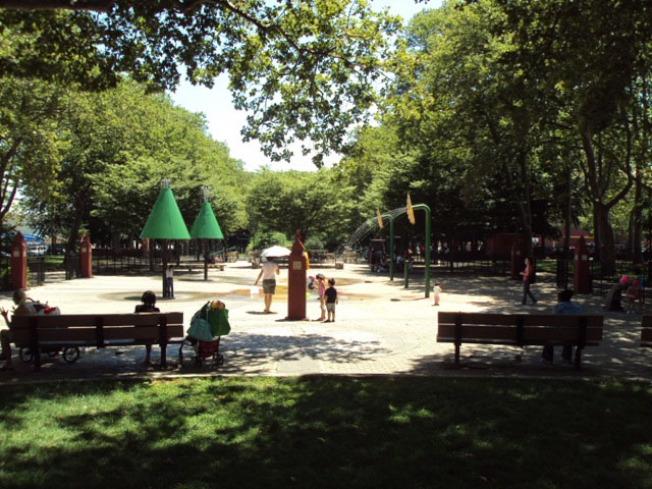 李麗莉在埃里克森公園上廁所時,要廁紙遭拒。(取自市公園局網站)
