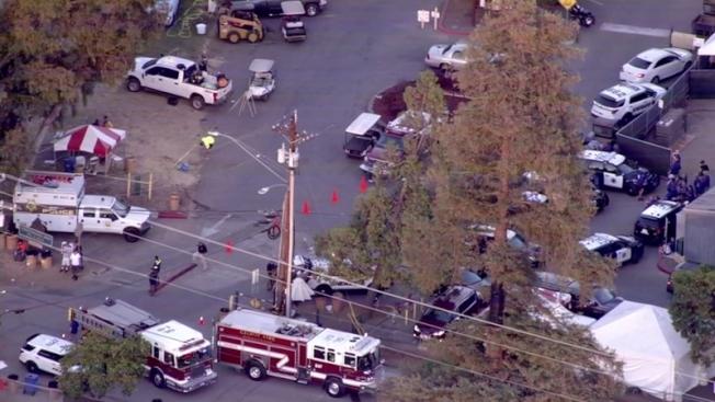北加州吉爾洛大蒜節7月28日發生槍擊事件,造成四人死亡、15人受傷慘劇。(電視新聞截圖)