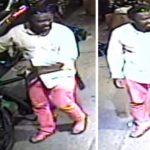 曼哈頓外賣郎進店取餐 非裔男偷電單車