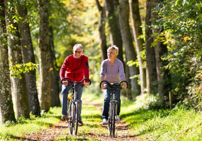 史丹福大學找出最佳的策略;一是延至70歲才領取社安金,二是利用401(k)和IRA的退休金,安排每月固定的使用數量。(Getty Images)