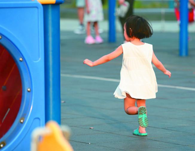 如果家中小朋友有注意力不足過動症(ADHD)前兆,切勿害怕就醫。(本報資料照片)