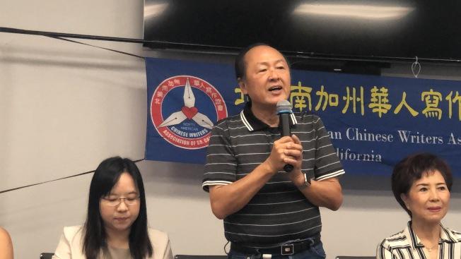 北美華文作家協會總會長吳宗錦也與會祝賀。(記者王若然/攝影)