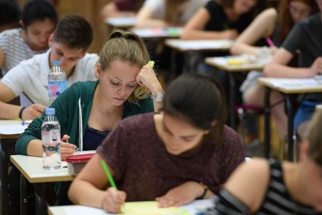許多學校要求SAT、SAT專科考試或ACT成績。(路透)