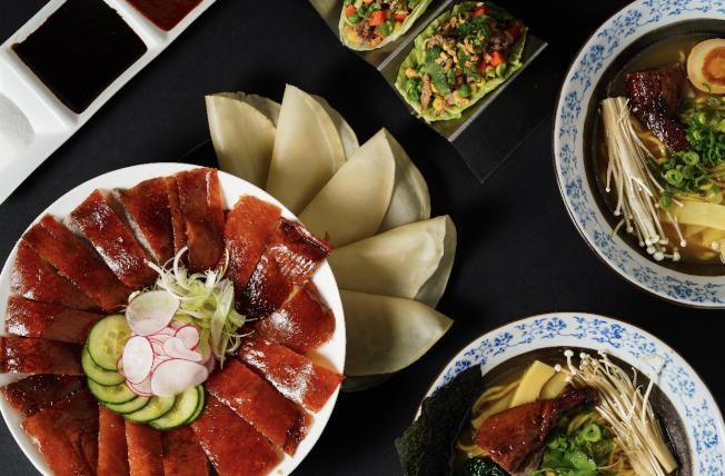 正宗北京烤鴨,一鴨三吃 8 折酬賓(須2小時前預訂)。