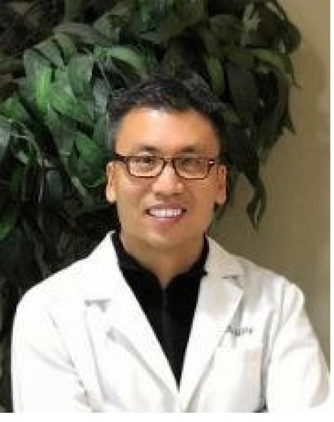 王廷鈞牙醫技術精湛,服務親切。