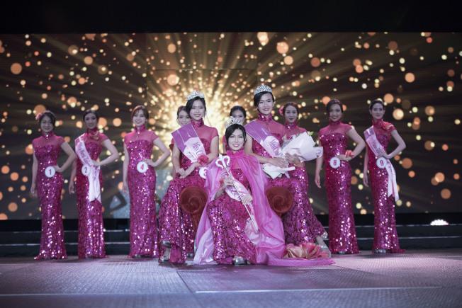 美國華裔小姐競選總決賽在康州金神大賭場舉行,吳楚天奪冠。(高傑文/攝影)