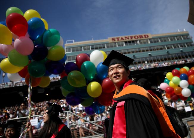 49%的千禧一代認為,他們的大學學位對於目前工作「根本不重要或不重要」。(Getty Images)
