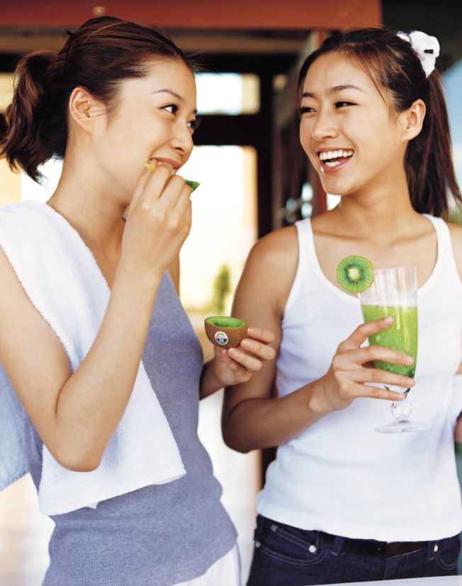 不想當體脂肪偏高的「泡芙女」,營養專家建議,應該多做有氧運動,多攝取高營養密度及低GI食物。(圖:劉珍芳教授提供)