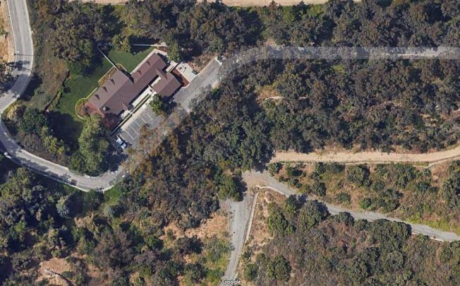 工業市府補貼住房,被批遭濫用,圖為市議員Mark Radecki在工業市在Industry Hills的豪宅新家。(Google Earth)