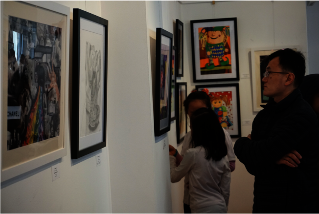 舉辦展覽可豐富作品集內容。(伯大尼畫室提供)