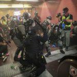 人權組織:港警濫權無紀律 還阻撓被捕者見律師