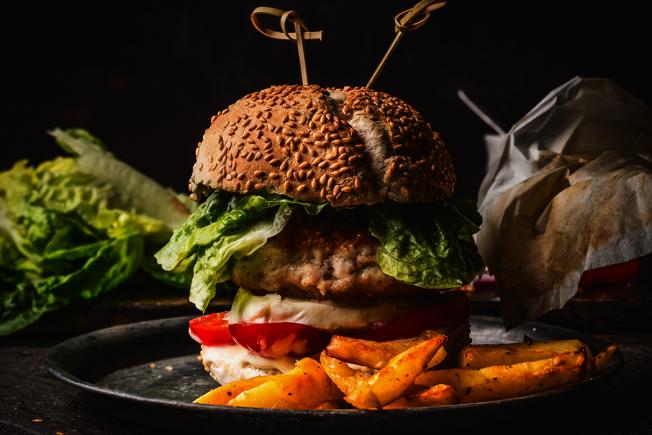 漢堡肉屬於加工食品。 圖/ingimage
