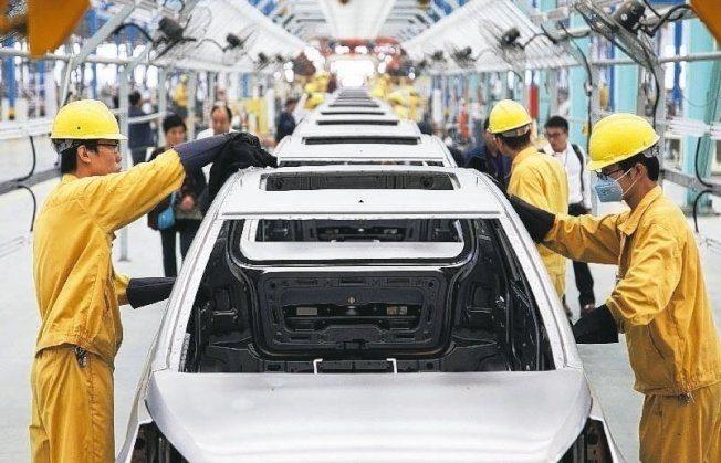 中國新能源車銷量下滑 兩年首見