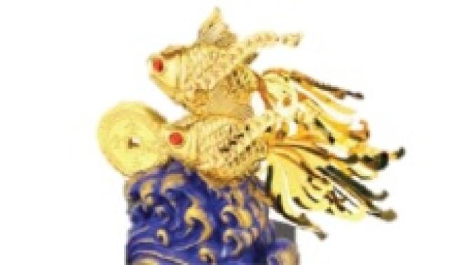 愛斯克AskLove獨特的立體金箔工藝科技,將黃金的觀賞價值發揮淋漓盡致,採用足金金箔製作,金箔純金含量99.9%,可長久保存不掉色。