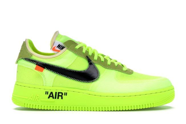螢光綠球鞋。(StockX圖片)