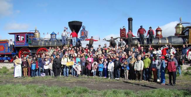 2019年5 月10日全美華人代表聚會猶他州,隆重紀念橫貫大陸第一條鐵路通車150周年。(華美博物館提供)