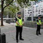 英國男子不明原因被刺 血濺倫敦市中心內政部大樓