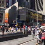 槍擊案頻傳、人民幣貶值 中國遊客來紐觀光興致缺缺