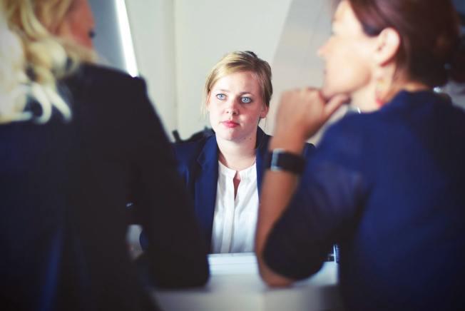 即使取巧進入美國頂級機構,之後還有高強度、重溝通的工作及同事要面對。(Pexels)