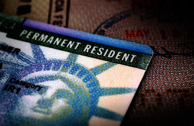 聯邦核發綠卡的門檻提高,曾不當申領聯邦社會福利的人不容易獲批綠卡。(Getty Images)
