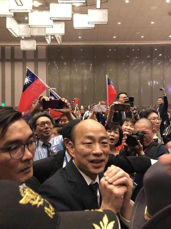 4月韓國瑜訪問南加展現超強號召力,如今有望二度造訪,南加韓粉翹首期盼。(本報檔案照)