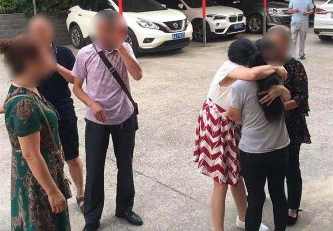 一家人和失蹤12年的小娟順利團聚。 (取材自楚天都市報)