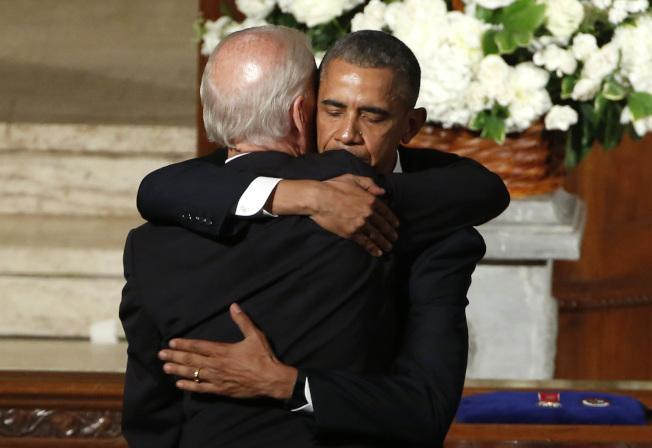 據說歐巴馬不鼓勵白登參選總統,但白登堅持出馬,歐巴馬還是暗中相助。(美聯社)