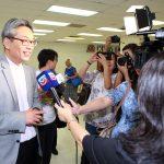 中領館「健在證明」便民服務 僑胞讚揚