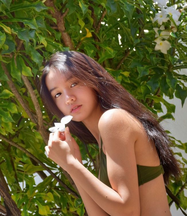 木村光希的比基尼清涼照,讓很多網友暴動了。(取材自微博)