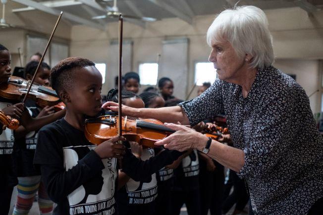 音樂啟蒙老師可以決定孩子的音樂路可以走多遠。(Getty Images)