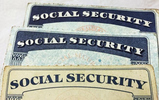某些債務若逾期不還,社安金可能被扣押。(路透)