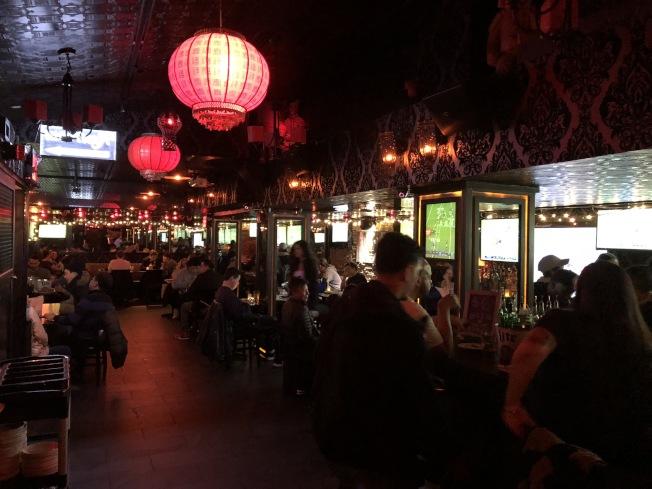 五分局與轄區酒吧、夜店等業主開會,合作防罪。(本報檔案照)
