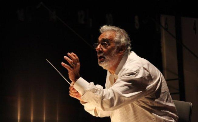 多明哥在洛杉磯歌劇院兼任指揮。(洛杉磯時報)