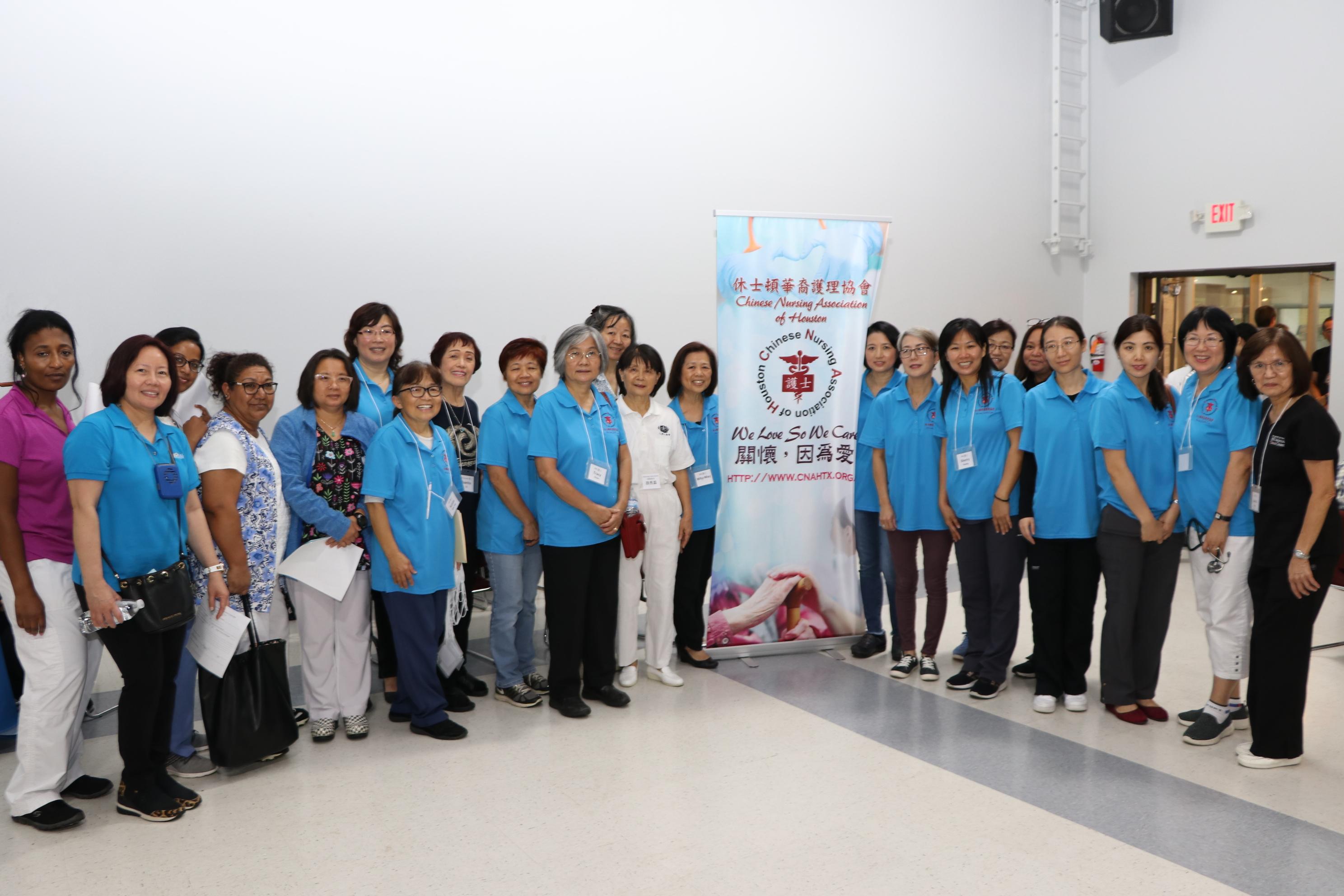 華人護士協會是會場中動員人數最多的義工團隊。