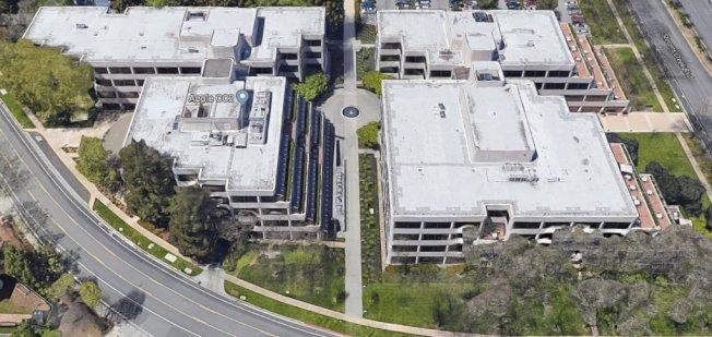 蘋果斥資近3億買下庫比蒂諾兩棟大樓。(取材自Google地圖)