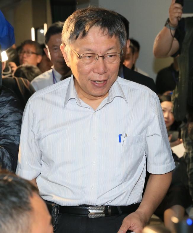 台北市長柯文哲希望促成柯郭王結盟,三人周五首度「合體」。(記者潘俊宏/攝影)