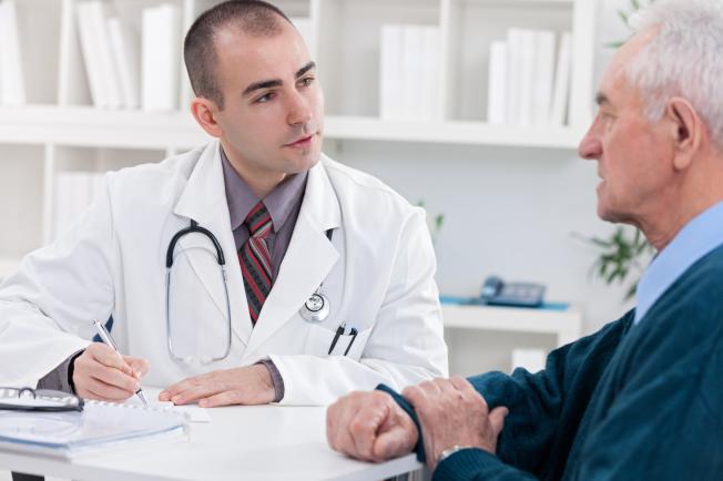 美國預防服務工作組建議,服用阿斯匹靈前應該諮詢醫生。(Getty Images)