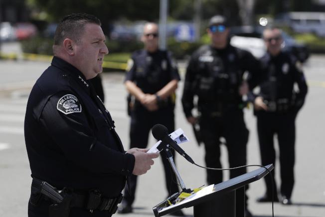富樂頓警局長鄧恩22日宣布破案,逮捕51歲兇嫌武初業。(美聯社)