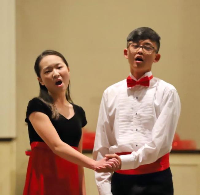 華音青少年合唱團行前演唱會演出。  (圖:華音青少年合唱團提供)