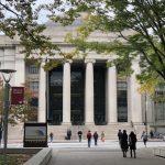 收淫魔捐款 MIT校長向艾普斯坦案受害人道歉