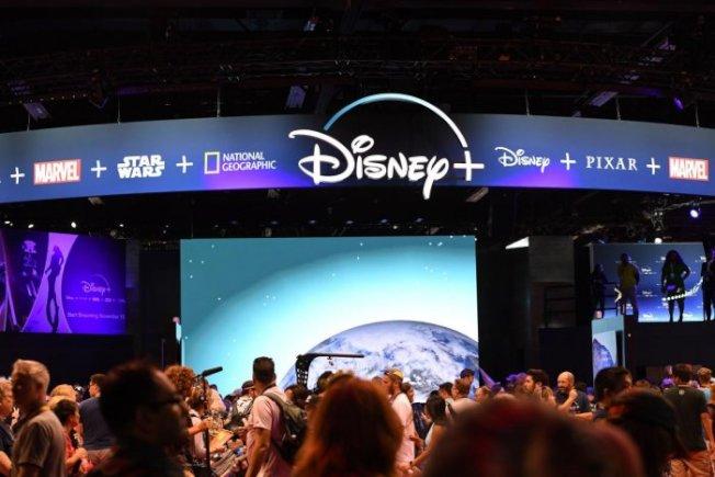 D23博覽會也首次在中央區域設置了Disney+展台,推出便宜的購買方式,將在未來試圖稱霸小銀幕。(記者馬雲/攝影)