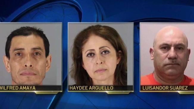 一名15歲少女的三名父母(見圖),已被警方逮捕和起訴毆打和仇退犯罪,因為他們在女兒的房間中發現一名17歲少年,並且毆打他;少女是西裔,而少年則是非裔。(圖:聖布魯諾警察局)