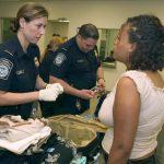 攜防彈衣入境 密州一中國留學生遭遣返 美簽也被註銷