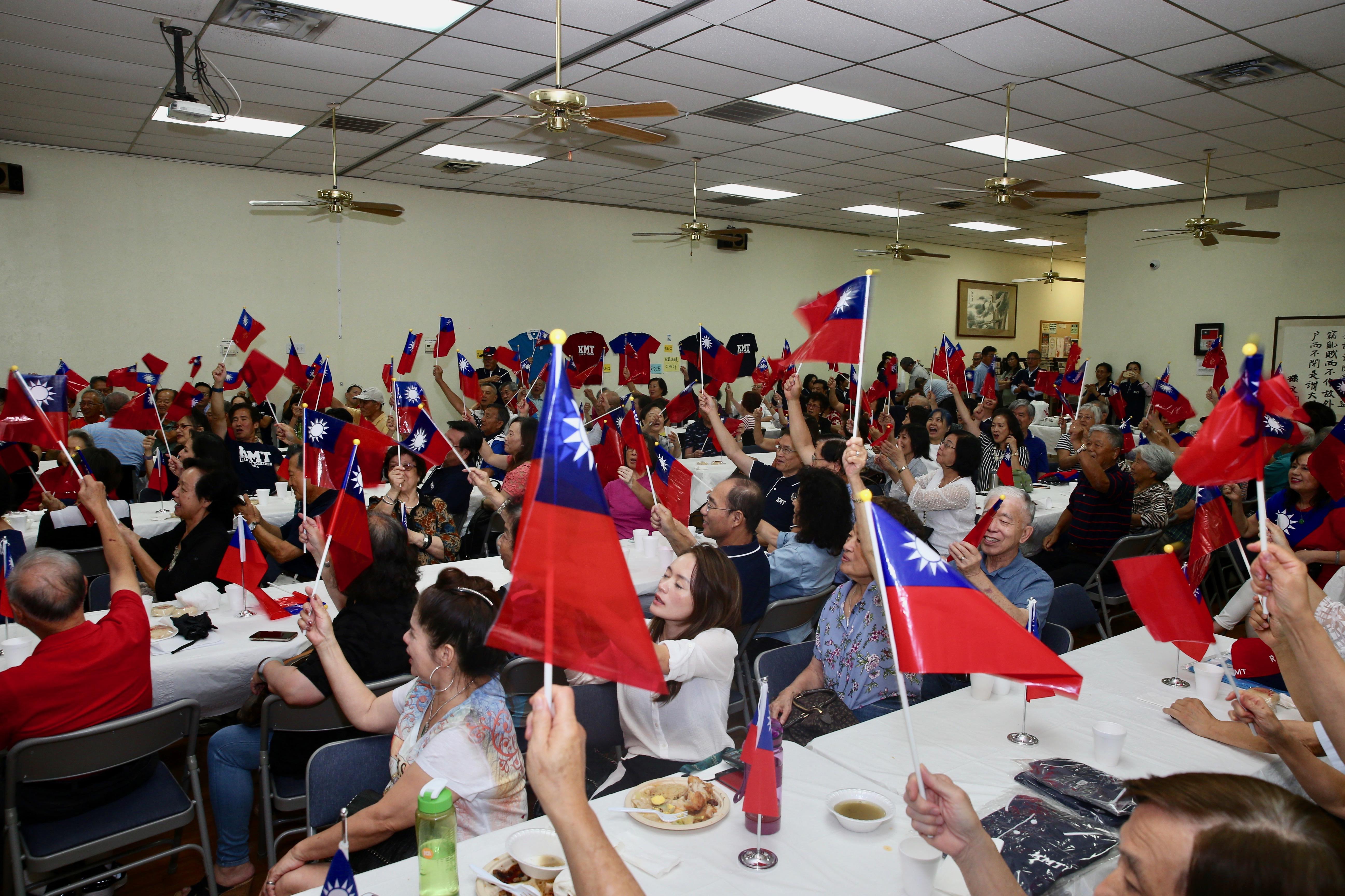 達拉斯韓國瑜後援會,在華人活動中心成立。(孟敏寬提供)
