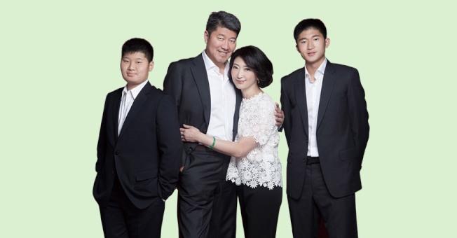 張嗣漢(Richard Chang)與家人。(網絡)