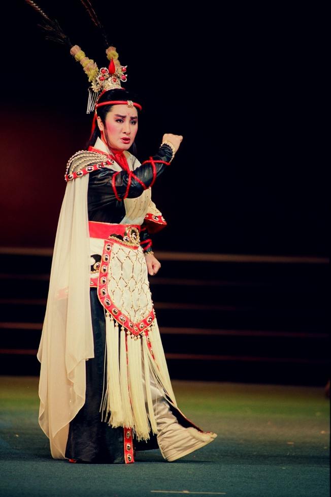 「呂布與貂蟬」是楊麗花歌仔戲首次進軍國家戲劇院演出。(圖:麗生百合提供)