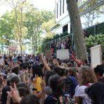 瑞典環保小鬥士與紐約數百學生  聯國總部前為氣候發聲