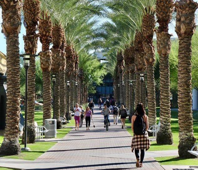 九名在亞利桑那州立大學就讀的中國留學生,日前在洛杉磯國際機場被邊境官員扣留後遣返。圖為亞利桑那州立大學校園。(取自臉書)