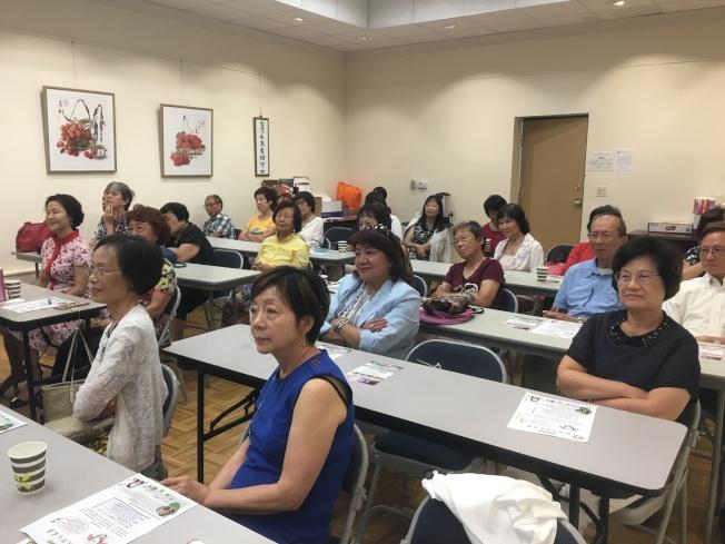 為鼓勵婦女發揮愛心,共同協助家暴受害婦女早日走出陰霾,北美洲台灣婦女會南加分會舉辦「認識及防止家暴」專題座談會。(記者謝雨珊/攝影)